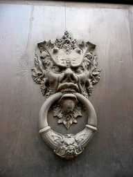 door knocker labyrinth
